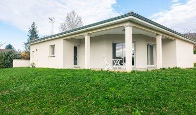 Maison vendu sur Ceyzeriat, plain-pied, hors lotissement, RT 2012